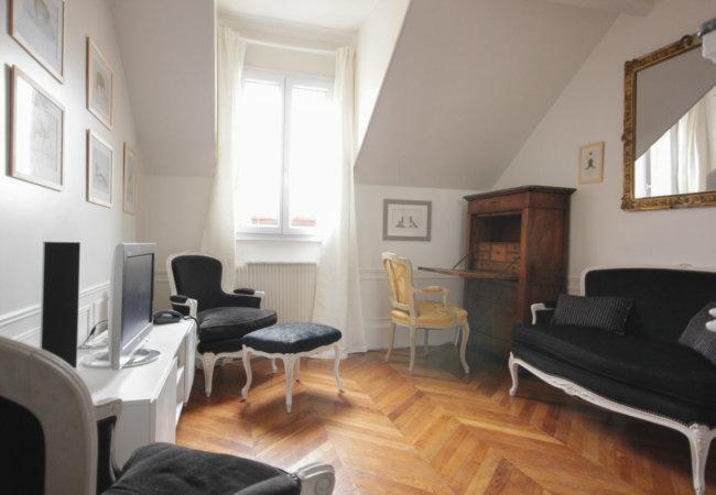 Projet n°4 : Un petit 2 pièces sans charme se mue en appartement haussmannien